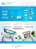 Moderne Websiteschablone mit flachem Art infographics Plan Lizenzfreies Stockfoto