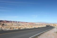 Moderne Weg, Oude Woestijn Stock Afbeelding