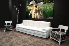 Moderne weiße Möbel stockbilder