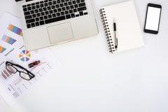Moderne weiße Schreibtischtabelle Lizenzfreies Stockfoto