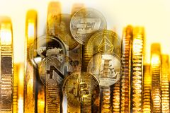 Moderne Weise des Austausches Bitcoin ist bequeme Zahlung in globalem stockfotografie