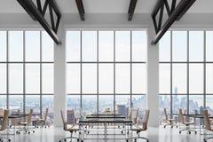 Moderne werkplaatsen in een modern helder schoon binnenland van een bureau van de zolderstijl Reusachtige vensters met het panora vector illustratie