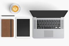 Moderne werkruimte met koffiekop, smartphone, document, notitieboekje, t Stock Foto's
