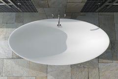 Moderne Witte Bathtube in Badkamers Binnenlands Hoogste Weergeven het 3d teruggeven stock fotografie