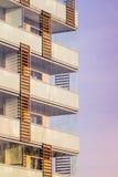 Moderne Wohngebäude stockbilder