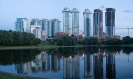 Moderne Wohnungen in Moskau Stockbild