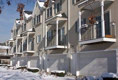 Moderne Wohnungs-Fassade Stockfotografie