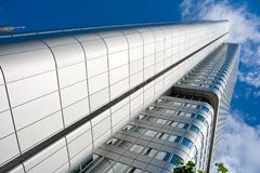 Moderne wolkenkrabber in Frankfurt stock fotografie