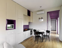 Moderne woonkamer en keuken Stock Afbeelding