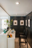 Moderne woonkamer met barstijl Royalty-vrije Stock Afbeelding