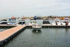Moderne Yachten und Boote Lizenzfreies Stockfoto