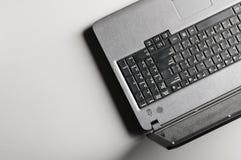 Moderne zwarte laptop Stock Foto's