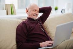 Moderner älterer Mann Stockbilder