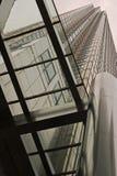 Moderner Architeure zitronengelber Kai London stockbilder