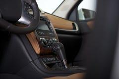 Moderner Auto-Cockpit-Innenraum stockbild