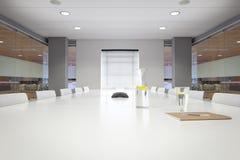 Moderner Bürositzungssaal mit Notizblock. Stockfotos