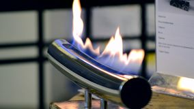 Moderner Bio-fireplot Kamin auf ?thanolgas stock footage