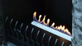 Moderner Bio-fireplot Kamin auf ?thanolgas stock video footage