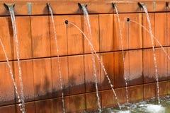 Moderner Brunnen Stockbild