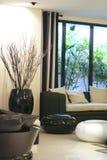 Moderner eleganter Raum Stockbilder