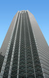 Moderner hoher Wolkenkratzer lizenzfreie stockbilder