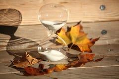 Moderner Hourglass Symbol der Zeit countdown Lizenzfreies Stockfoto
