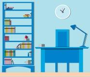 Moderner Innenraum der Bibliothek mit Möbelbücherschränken und -schreibtisch Stockbilder