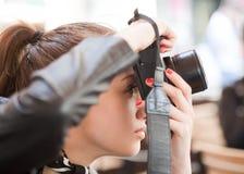 Moderner junger Fotograf stockbilder