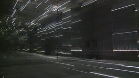 Moderner Laserlichtraum in Litauen-Pavillon in der AUSSTELLUNG Internationalausstellung stock footage