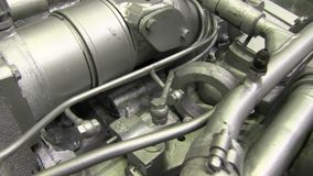 Moderner leistungsfähiger Lkw-Motor stock footage