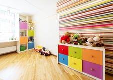Moderner Raum für Kind stockfotografie