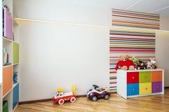 Moderner Raum für Kind stockfotos