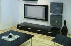 Moderner Raum mit Fernsehapparat Stockbilder