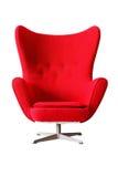 Moderner roter klassischer Lehnsessel lokalisiert auf weißem Hintergrund, clippi Stockbild