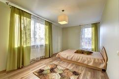 Moderner Schlafzimmerinnenraum Stockbilder