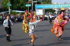 Moderner und traditioneller Tanz Stockfotos