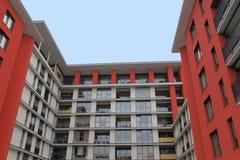 Modernes Apartmenthaus Lizenzfreie Stockfotos