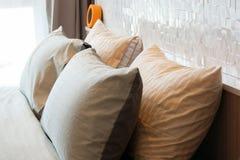 Modernes Artluxusschlafzimmer Stockfoto