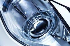 Modernes Auto-Scheinwerfer-Detail Stockfotos
