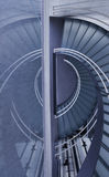 Modernes Büro-Treppenhaus Stockbilder