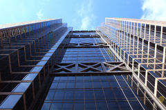 Modernes Bürohaus Stockfotos