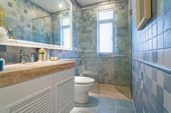 Modernes Badezimmer stockbilder