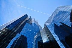 Modernes Bankgebäude Stockfoto