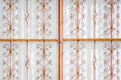 Modernes Eisen schmiedete Tore stockbilder