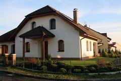 Modernes Familienhaus Stockbild