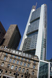 Modernes Gebäude in Frankfurt Lizenzfreie Stockbilder
