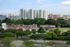 Modernes Gebäude und Bäume Lizenzfreie Stockfotos