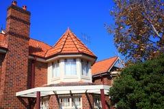 Modernes Haus des Drehkopfes Stockfoto