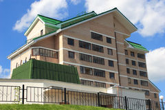 Modernes Hochhaus-Haus Stockbilder
