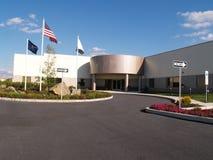 Modernes Industriegebäude Lizenzfreie Stockfotos